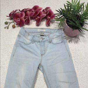 🔥🔥🔥 3/$20 🌸 High Rise Capri style Jeggings 🌸